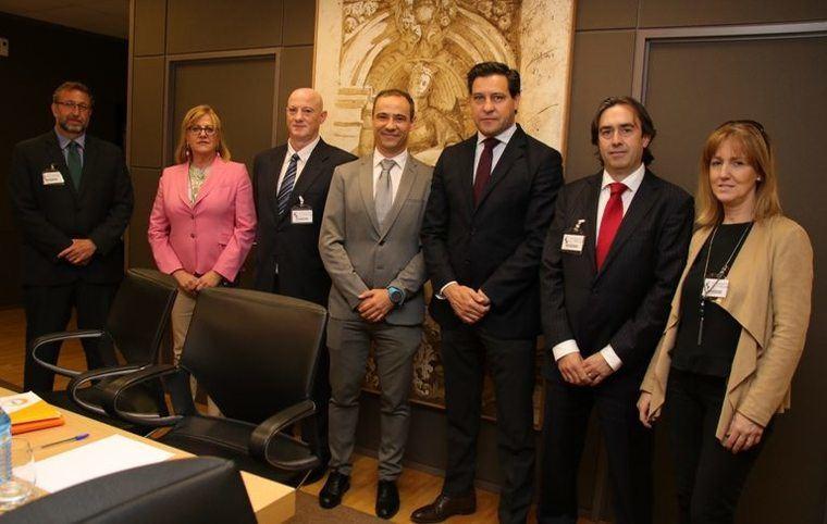La equiparación del IVA de los mayores obtiene el apoyo de Castilla y León