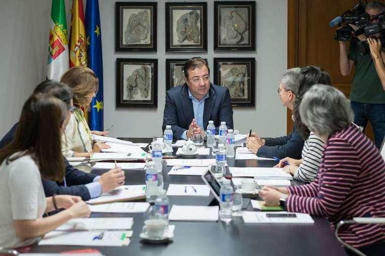 La Junta de Extremadura aprueba subvenciones para centros de mayores