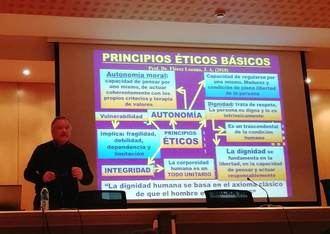 Jornada de Atención Residencial ASCEGE con el catedrático de la Universidad de Oviedo José Antonio Flórez Lozano