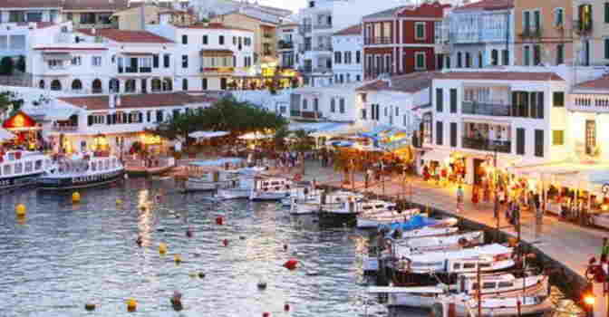 Menorca ofrecerá teleasistencia avanzada y fuera del domicilio.