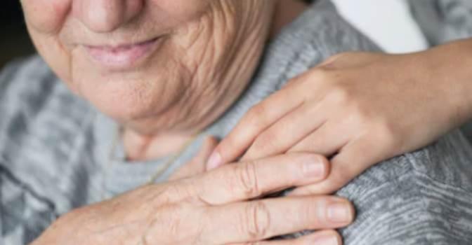La soledad en los mayores, a debate en un curso organizado por la SEGG y la Fundación La Caixa en Barcelona.