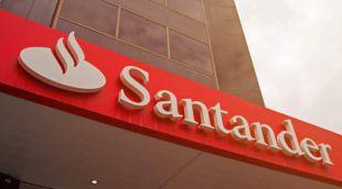 Banco Santander ha lanzado el Servicio Senior, una línea de productos para personas mayores que incluye seguros y servic...